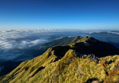 nepal-trekking.jpeg